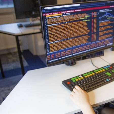 The first Bloomberg Business Lab at a school in Europe unveiled